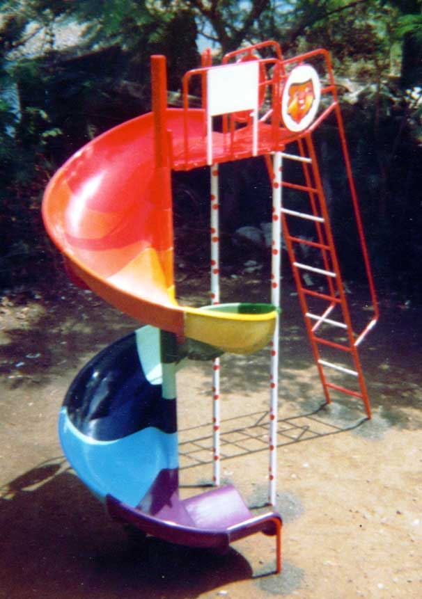 Spiral Slide 7'ft ht